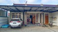 Rumah warga Sumurgeneng Tuban usai menerima uang ganti rugi lahan dari Pertamina. (Ahmad Adirin/Liputan6.com)