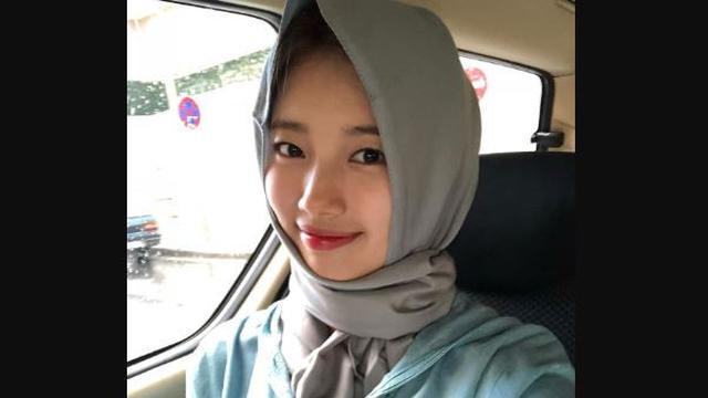Ragam Gaya Bae Suzy Saat Berpenutup Kepala, dari Hijab Hingga Kupluk