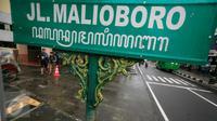 Kawasan pedestrian Malioboro telah bebas dari parkir kendaraan roda, Yogya, Jumat (8/4). Kini kawasan tersebut tampak lebih bersih dan rapi. (Liputan6.com/Boy Harjanto)