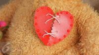 Putus cinta dari pacar atau patah hati ditinggal gebetan? Lakukan 4 hal berikut ini. (Foto: istockphoto)
