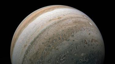 Pesawat Antariksa Juno milik NASA mengabadikan belahan selatan Jupiter pada 17 Februari 2020. (Foto: NASA/JPL-Caltech/SwRI/MSSS/Kevin M. Gill, © CC BY)