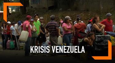 Warga Venezuela mengalami ketakutan mengahadapi kesulitan mendapatkan air besih di negaranya. Warga harus antre panjang agar bisa mendapat air untuk kehidupan sehari-hari.