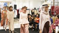 Perjalanan Jakarta Modest Fashion Week telah dimulai dan segera siap menampilkan ragam modest fashion terkini rancangan desainer Indonesia dan juga internasional.