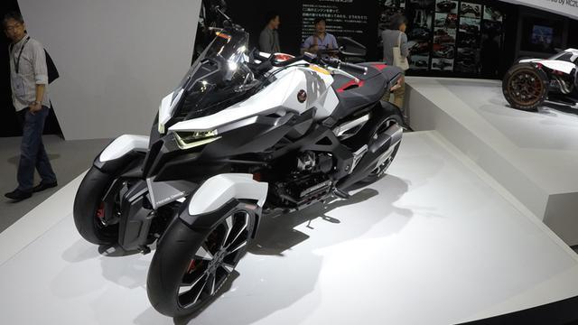 Daftar Harga Sepeda Motor Roda Tiga Rasa Mobil Di Surabaya