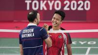 Hasil ini membuat Indonesia mendapatkan dua hadiah spesial pada hari ini karena berhasil sabet medali emas dan perunggu dari cabor bulu tangkis. Hal tersebut menambah koleksi medali Indonesia menjadi tiga medali perunggu, satu medali perak, dan satu medali emas. (Foto: AP/Dita Alangkara)