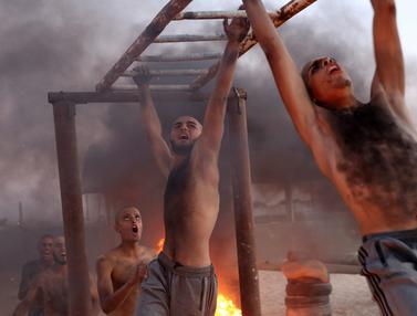 Keterampilan Militer Siswa Didikan Hamas