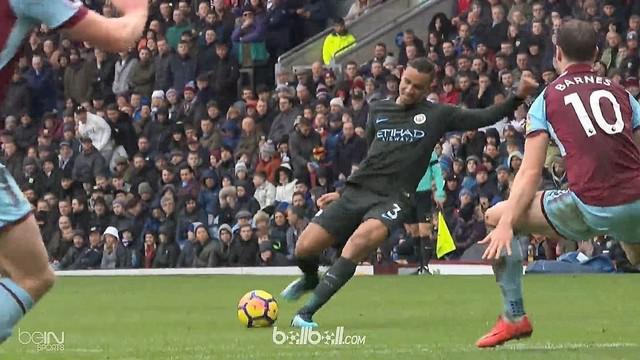 Manchester City gagal mempertahankan keunggulan atas tuan rumah Burnley setelah kedua kesebelasan dipaksa bermain imbang 1-1, Sabt...
