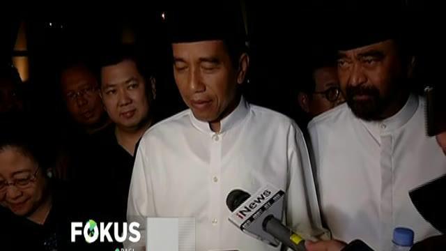 Terkait debat, Jokowi mengaku tidak membuat persiapan khusus. Menurutnya pertemuan hanya membahas persoalan ringan sambil bersantai.
