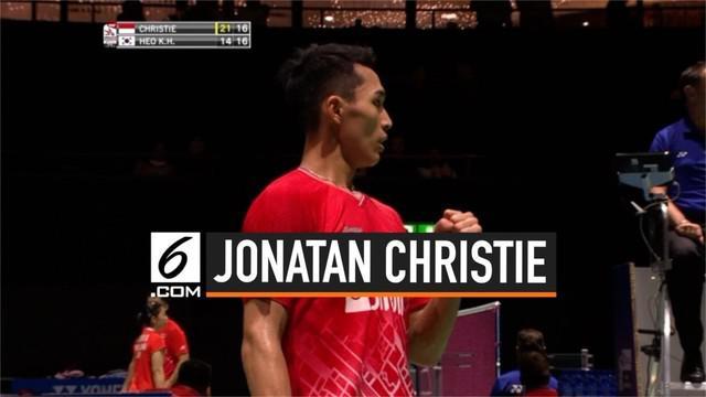 Pemain tunggal putra Jonatan Christie melaju ke babak ketiga kejuaraan dunia bulutangkis 2019. Jonatan kalahkan tunggal putra Korea Kwang Hee Heo hari Selasa (20/8/2019) di Swiss.