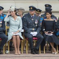 Kendati demikian, sepertinya Kate Middleton banyak membantu Meghan dalam penyesuaian dirinya. (PAUL GROVER / POOL / AFP)