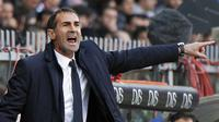 Angelo Alessio, pelatih baru Persija Jakarta, saat masih menangani Juventus. (FABIO MUZZI / AFP)