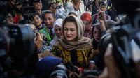 Berkerudung, Istri Setya Novanto Penuhi Panggilan KPK