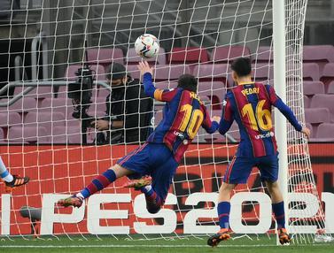 Foto Liga Spanyol: Messi Sempat Gagal Penalti, Barcelona Ditahan Imbang valencia 2-2