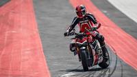 Ducati Steetfighter V4. (rider.drivemag)