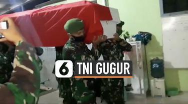 Prajurit TNI Ginanjar gugur usai ditembak kelompok kriminal bersenjata di Papua. Jenazahnya tiba di kampung halaman di Banjar Rabu (17/2) subuh.