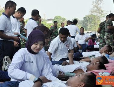 Ratusan Prajurit Marinir Denma Pasmar-1 Mendonorkan Darah
