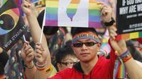 Parade LGBT di Taiwan pada 27 Oktober 2018 disebut sebagai yang terbesar di Asia (AP/Chiang Ying-Ying)