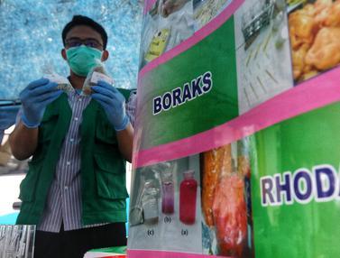BPOM Cek Zat Berbahaya Takjil di Benhil