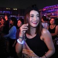Indah Dewi Pertiwi sangat mencintai musik RnB. Ia terpesona dan asyik berjoget di panggung Neon Jungle DWP 2015, yang menampilkan lagu RnB dan Hip Hop dari para DJ ternama.