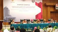 Para panelis dalam seminar nasional tentang sengketa pemilu di FH Undip. (foto: Liputan6.com / felek wahyu)