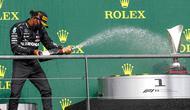 Pembalap Mercedes Lewis Hamilton merayakan kemenangan pada ajang F1 GP Belgia 2020 di Spa-Francorchamps, Minggu (30/8/2020). (Francois Lenoir/Pool Photo via AP)