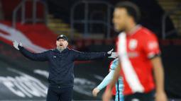 Pada laga kali ini Liverpool harus mengakui keunggulan Southampton yang mampu meraih kemenangan lewat gol tunggal dari sang mantan, Danny Ings, saat pertandingan baru berjalan 2 menit. (AP Photo/Adam Davy,Pool)