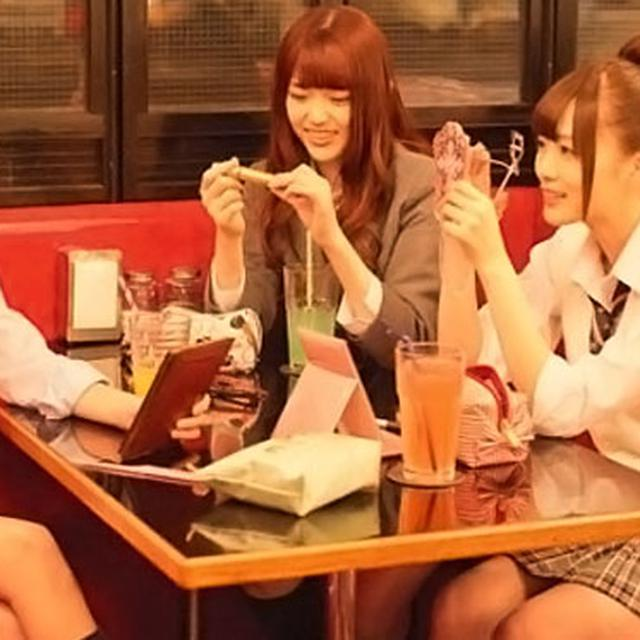 Saingan AKB48, Nogizaka46 Membunuh Para Yakuza di Barrette - ShowBiz