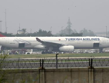 20150707-Diteror Bom, Pesawat Turkish Airlines Mendarat Darurat-India 1