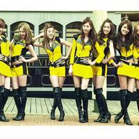 Grup SNSD memiliki revolusi gaya sejak debutnya pada 2007 hingga kini. Seperti apa perubahan gaya mereka? (SM Town)