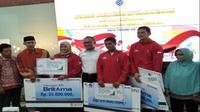 Kementerian Ketenagakerjaan bersama BNI, BRI dan BPJS Ketenagakerjaan memberikan apresiasi kepada tiga atlet Indonesia yang meraih medali emas di Asian Games 2018 (Foto:Liputan6.com/Septian Deny)