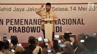 Capres 02 Prabowo Subianto memberikan sambutan saat acara Mengungkap Fakta-Fakta Kecurangan Pilpres 2019 di Jakarta, Selasa (14/5/2019). Dalam acara ini turut hadir para petinggi BPN dan menampilkan bukti-bukti kecurangan Pemilu 2019 yang ditemukan oleh tim BPN. (merdeka.com/Iqbal S Nugroho)
