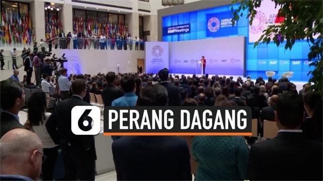IMF menyebut perang dagang sebagai penyebab melemahnya perkembangan ekonomi dunia. IMF berharap tiap negara bersatu dan menyudahi perang dagang yang terjadi.