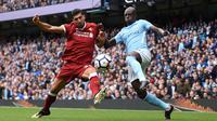 Bek - Benjamin Mendy (Prancis) pindah dari AS Monaco ke Manchester City dengan harga 52  juta poundsterling. (AFP/Oli Scarff)