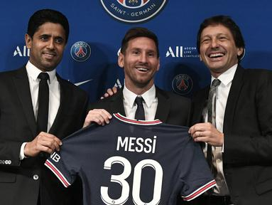 Tidak ada klub sebahagia Paris Saint-Germain musim ini. Bagaimana tidak? PSG berhasil mendapatkan 3 pemain bintang musim ini secara cuma-cuma untuk memperkuat skuat mereka. Jauh sebelumnya, beberapa transfer gratisan terbaik juga pernah terjadi. Siapa saja? (Foto: AFP/Stephane De Sakutin)
