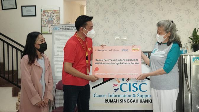 ISAT SheHacks 2021 Indosat Ooredoo Serahkan Donasi untuk Bantu Lawan Kanker Serviks - Tekno Liputan6.com