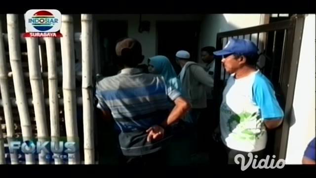 Anggota TNI di Probolinggo, Jawa Timur, Bambang Irawan, tewas di tangan perampok, setelah dibacok kawanan perampok di bagian perut dan tangan.