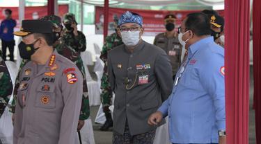 Gubernur Jabar Ridwan Kamil saat mendampingi Kapolri Jenderal Listyo Sigit Prabowo dan Panglima TNI Marsekal Hadi Tjahjanto