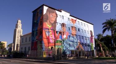 Mural yang dibuat Luna Buschinelli ini memiliki arti mendalam bagi masyarakat Brazil.