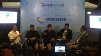 Suasana diskusi Cross Check by Medcom di Upnormal Coffee, Jakarta, Minggu (15/12/2019). (Liputan6.com/Muhammad Radityo Priyasmoro)