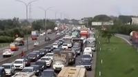 Jumlah kendaraan di Tol Jakarta-Cikampek mengalami peningkatan