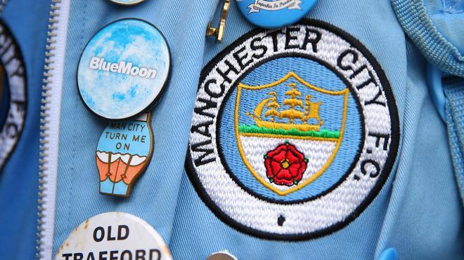 5 fakta menarik tentang logo baru manchester city viral bintang com
