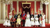 Wyedean telah menjalin kerja sama baik dengan keluarga Kerajaan Inggris dalam waktu lama (mytuxedocatalog.com)