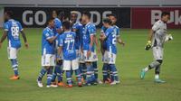Persib Bandung harus bermain laga usiran di Balikpapan menghadapi Madura United (Foto: Abelda Gunawan/Liputan6.com)