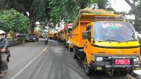 Truk sampah di Bogor dihadang warga (Liputan6.com/ Achmad Sudarno)