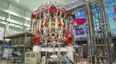 Reaktor fusi nuklir HL-2M Tokamak yang menjadi inti dari Matahari Buatan China