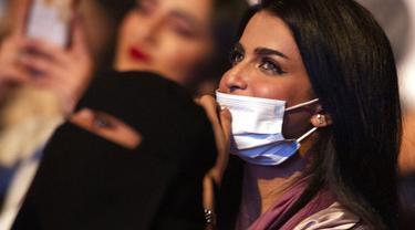 Melihat Para Wanita di Jeddah Nonton Konser Musik