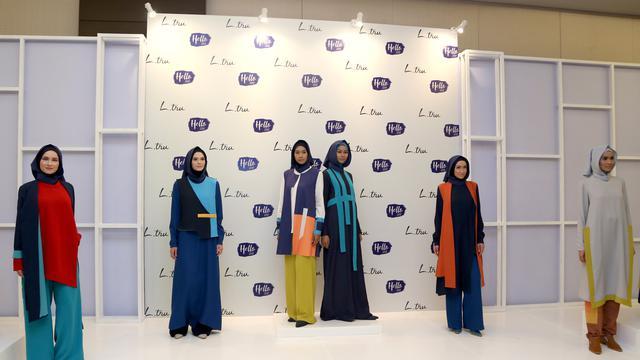 Warna-Warni Koleksi Busana Muslim yang Stylish dan Ceria