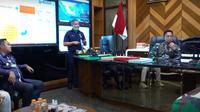 KSAD jenderal Andika Perkasa Terima Bupati dan Wali Kota Bekasi Bahas Kerja Sama Revitalisasi Pemukiman Kumuh. (YouTube TNI AD)