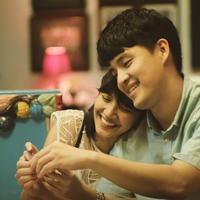 Morgan Oey beradegan dengan Sheila Dara di film Eggnoid (Istimewa)