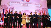 Delegasi Indonesia yang dipimpin Sesmenpora Gatot S Dewa Broto bersama Asdep Pembibitan dan Iptek Olahraga dan beberapa pejabat lain.